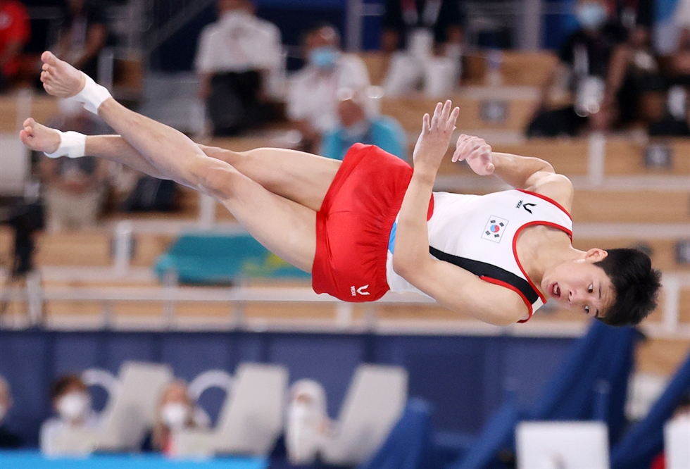 Gymnast Yeo Seo-jeong smiles after finishing her first vault during the women's Olympic final at the Ariake Gymnastics Centre in Tokyo, Sunday. Yonhap
