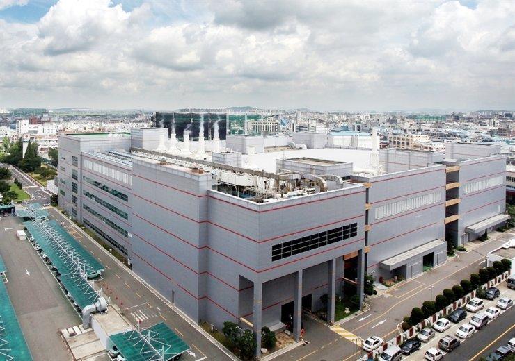 DB HiTek's chip-making plant in Bucheon, Gyeonggi Province / Courtesy of DB HiTek