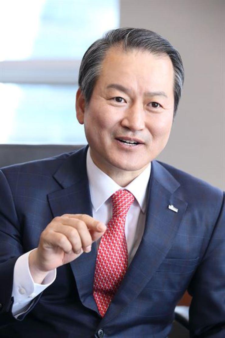 Shinhan Life CEO Sung Dae-kyu / Korea Times file