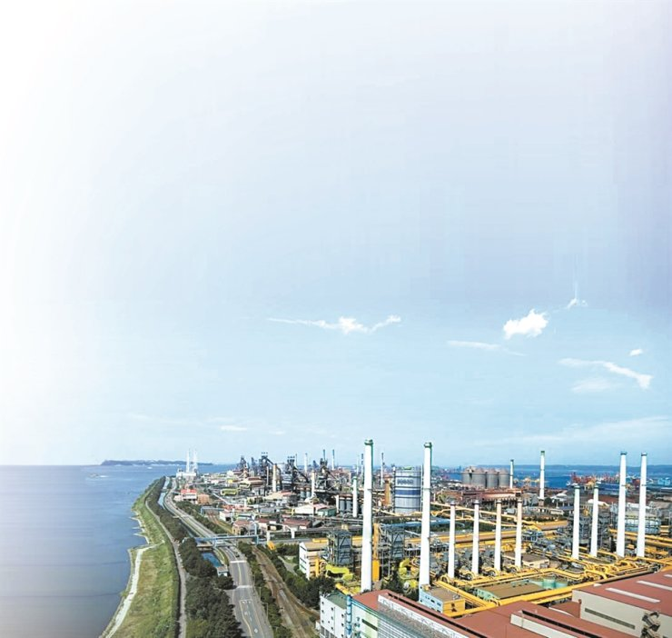 POSCO's steel plant complex in Pohang, North Gyeongsang Province / Courtesy of POSCO