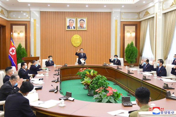 In this photo released by North Korea's official Korean Central News Agency, Aug. 26, North Korea holds the 16th Plenary Meeting of the 14th Standing Committee of the Supreme People's Assembly (SPA) at the Mansudae Assembly Hall in Pyongyang. Yonhap