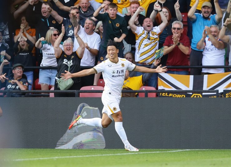 Wolverhampton Wanderers' Hwang Hee-chan celebrates after scoring their second goal against Watford in a Premier League match at Vicarage Road in Watford, England, Sept. 11. Reuters-Yonhap