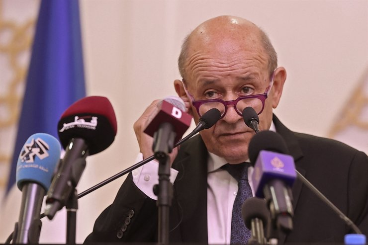 French Foreign Minister Jean-Yves Le Drian speaks during a joint press conference with his Qatari counterpart in Qatar's capital Doha, Sept. 13. AFP-Yonhap