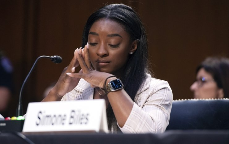 United States Olympic gymnast Simone Biles testifies during a Senate Judiciary hearing about the Inspector General's report on the FBI's handling of the Larry Nassar investigation on Capitol Hill, Washington, Sept. 15. AP-Yonhap