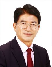 Prof. Phae Chae-gun from Seoul National University of Science and Technology