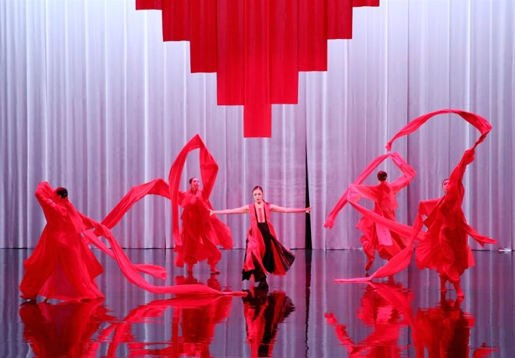 'Five,' a new choreography by Sohn In-young, artistic director of the National Dance Company of Korea, during a press conference held at the National Theater of Korea, Thursday. Yonhap.