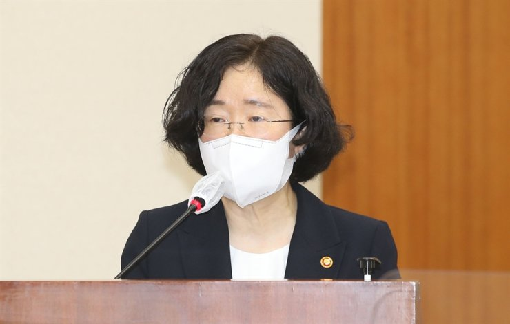 Fair Trade Commission Chairperson Cho Sung-wook speaks at a meeting of the State Affairs Committee at the National Assembly in Yeouido, on Aug. 30. Korea Times file