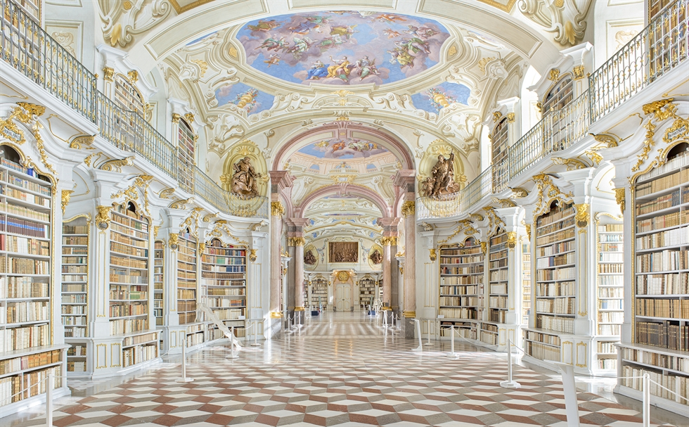 'The Duchess Anna Amalia Library, German' (2018) by Lim Young-kyun / Courtesy of 2Gil29 Gallery