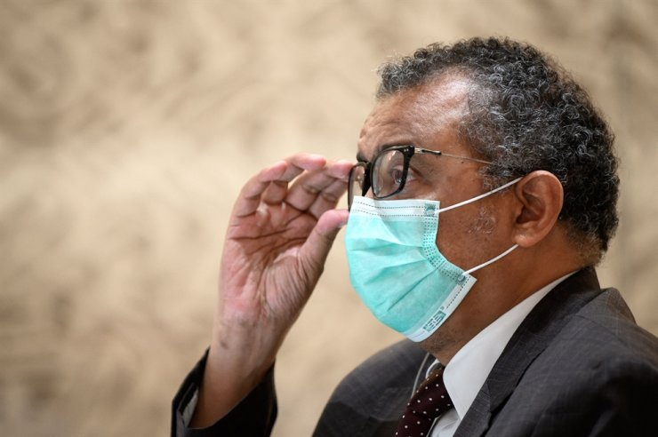 World Health Organization (WHO) Director-General Tedros Adhanom Ghebreyesus wears a facemask as a preventive measure against the coronavirus during a donor conference for Afghanistan in Geneva, Sept. 13. AFP-Yonhap