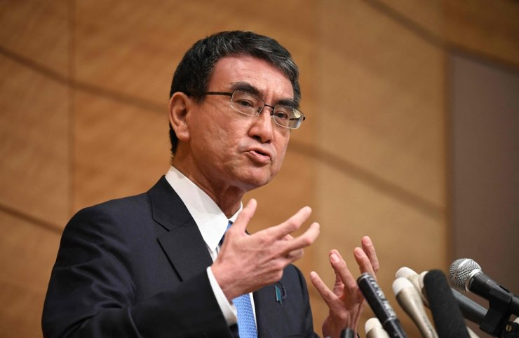 Taro Kono, who heads Japan's vaccine rollout and was the country's former foreign and defense minister, gestures as he answers a question during a press conference to announces his run for leadership of the ruling Liberal Democratic Party in Tokyo, Sept. 10. AFP-Yonhap