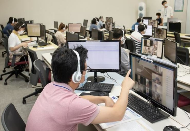 Jobseekers for Samsung affiliates take an online entrance exam at Samsung Electronics' business complex in Hwaseong, Gyeonggi Province, May 31, 2020. Courtesy of Samsung Electronics
