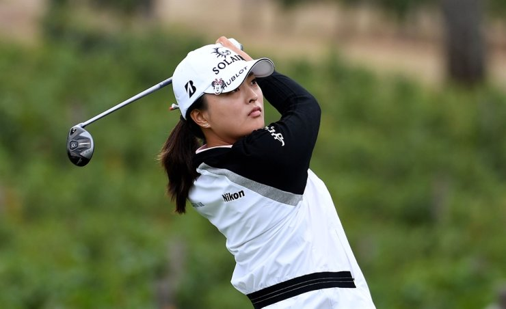 Ko Jin-young hits her tee shot on the eighth hole during round two of the Cambia Portland Classic at the Oregon Golf Club in Portland, Oregon, Sept. 17. Getty Images/AFP-Yonhap