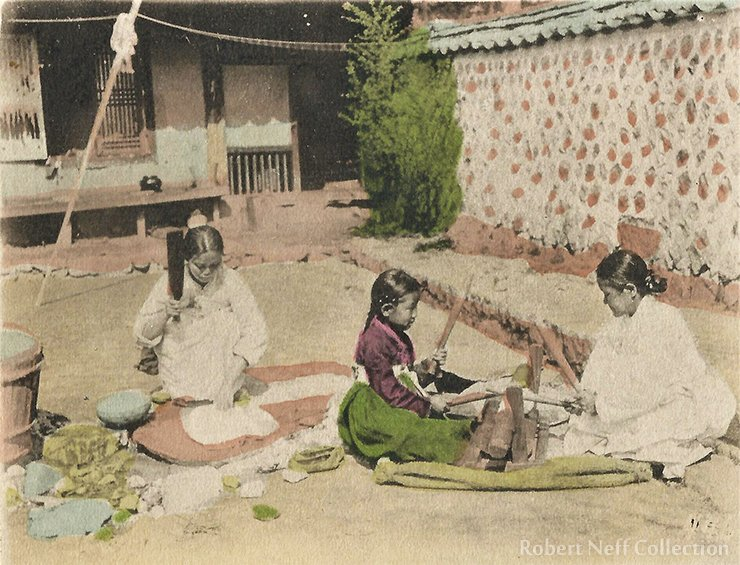 Ironing clothes in the late 19th century / Robert Neff Collection