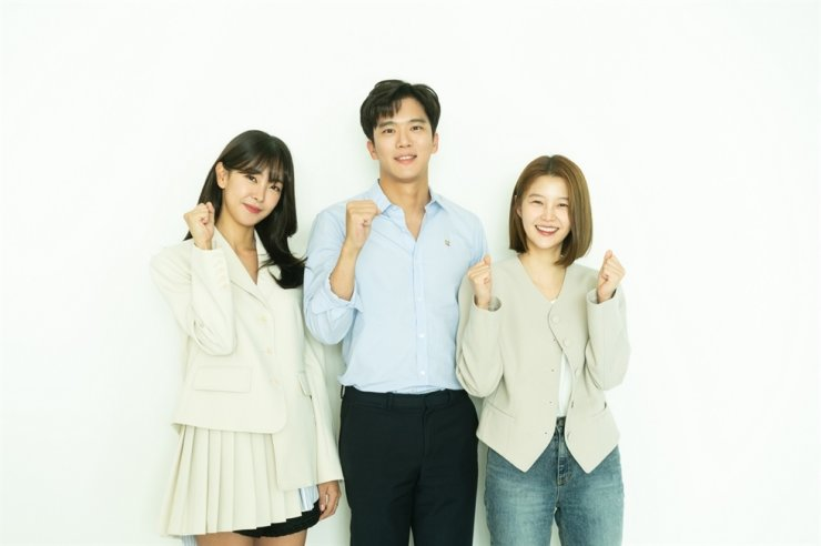 Actors Go Won-hee, from left, Ha Seok-jin and Lim Hyun-joo pose for pictures during a table read of the script for the series