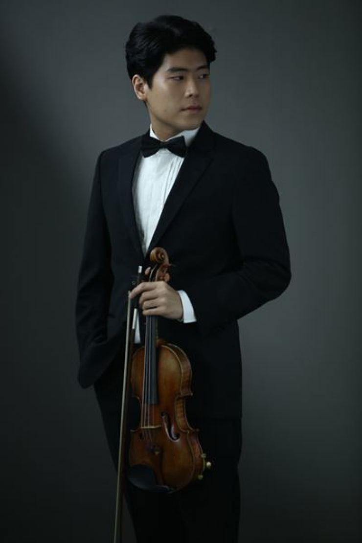 Violinist Daniel Cho / Courtesy of Sejong Soloists
