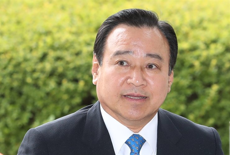 Former Prime Minister Lee Wan-koo / Yonhap