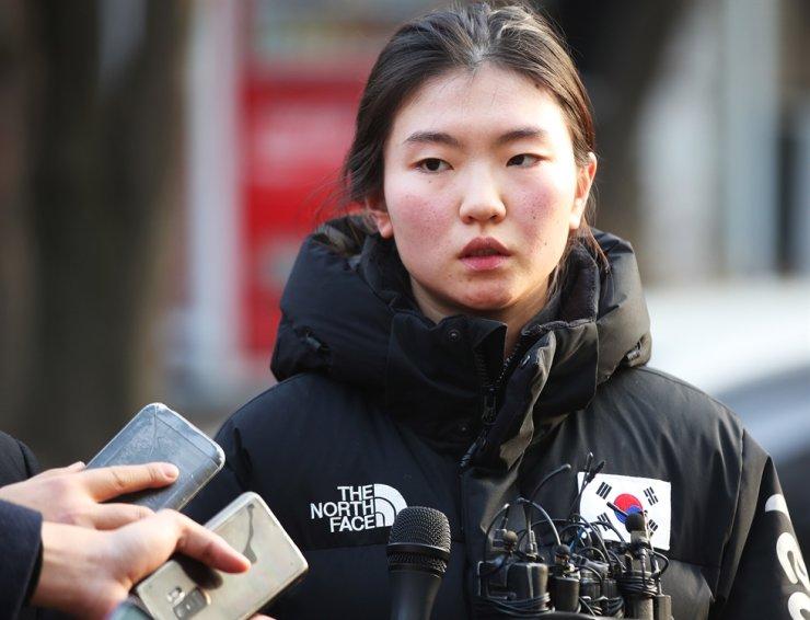Olympic short track speed skating champion Shim Suk-hee / Yonhap