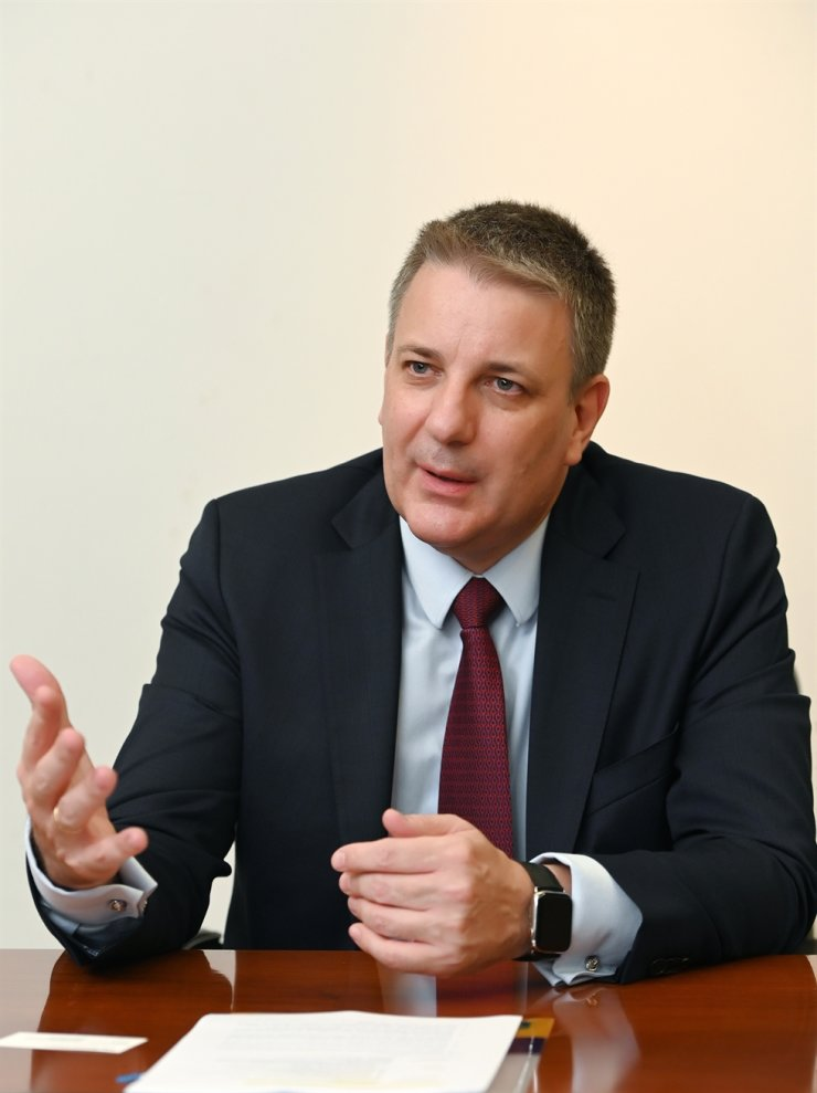 Kai Beckmann, CEO of Merck Electronics, speaks during an interview with The Korea Times at the Grand InterContinental Seoul Parnas hotel, Oct. 8. Courtesy of Merck Korea