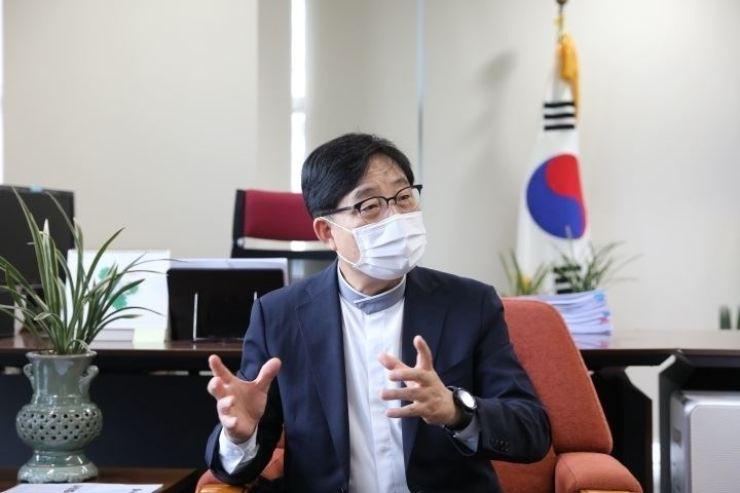Jung In-sung, president of Korea Hana Foundation / Yonhap