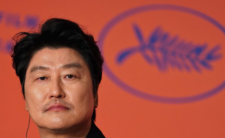 <span>South Korean actor Kang-ho Song attends a press conference for the film 'Parasite (Gisaengchung)' at the 72nd edition of the Cannes Film Festival in Cannes, southern France, on May 22, 2019. AFP</span><br /><br />