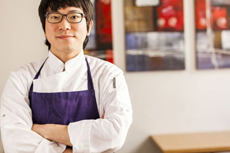 Chef Lee Young-hoon of Le Passe Temps in Lyon, France / Yonhap