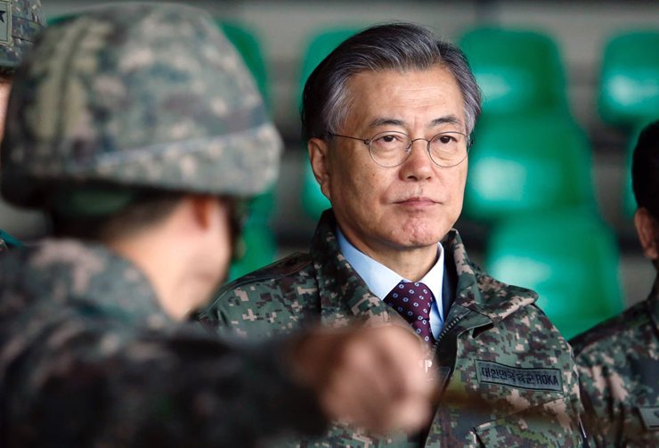 President-elect Moon Jae-in has pledged to resume dialogue for peace with North Korea, but it would be done only when certain conditions are met. / Korea Times file