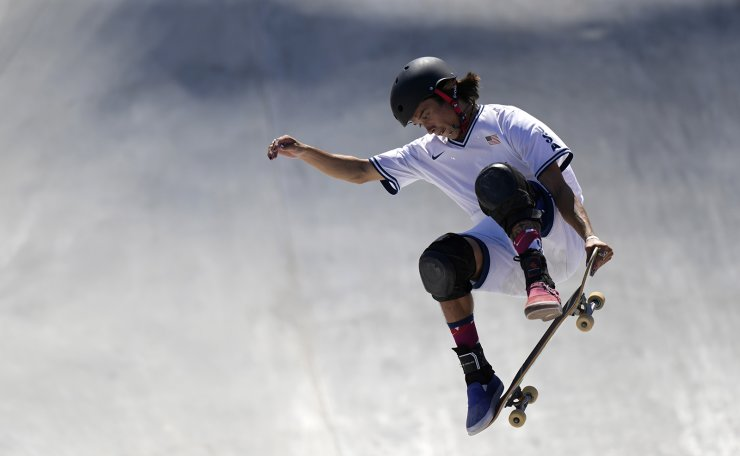 Heimana Reynolds warms up for the men's park skateboarding prelims at the 2020 Summer Olympics, Thursday, Aug. 5, 2021, in Tokyo, Japan. AP