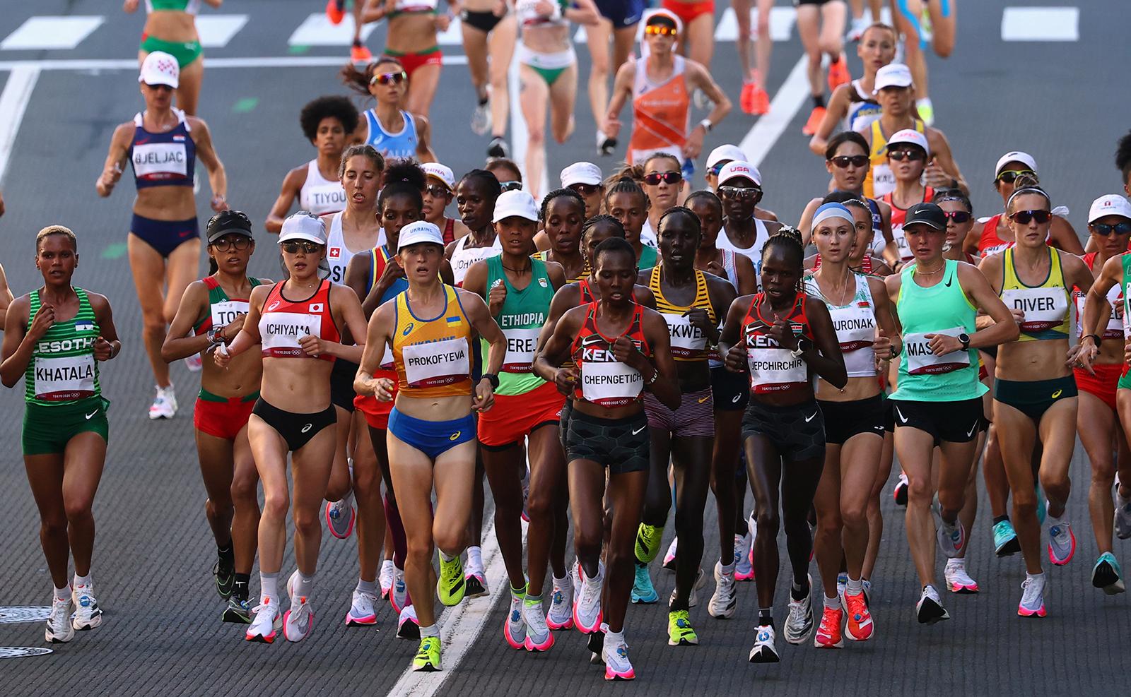 Tokyo 2020 Olympics - Athletics - Women's Marathon - Sapporo Odori Park, Sapporo, Japan - August 7, 2021. General view of athletes in action. REUTERS