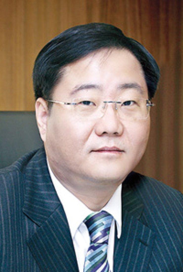 KCC CEO Chung Mong-jin