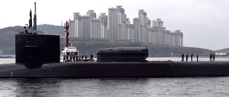 The USS Michigan, a Ohio-class nuclear-powered guided-missile submarine, arrives at Busan Port, Tuesday. The sub can carry about 150 Tomahawk missiles capable of conducting a surgical strike on key North Korean facilities. / Courtesy of the United States Forces Korea