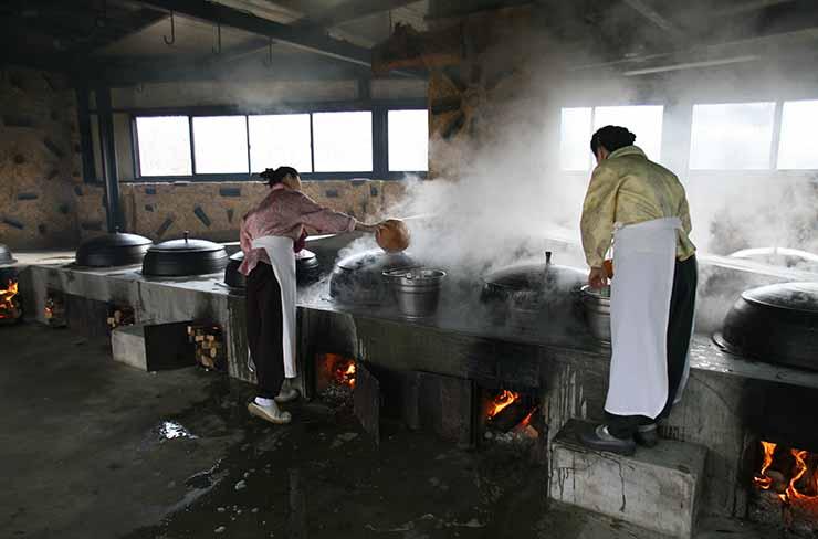 CEO Seo Bun-rye of Seoil Farm, maker of traditional Korean pastes including 'cheonggukjang' / Courtesy of Seoil Farm
