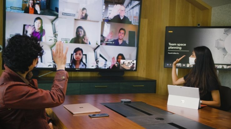 Microsoft employees hold a meeting using the company's business communication platform, Teams, in this file photo. Courtesy of Microsoft Korea