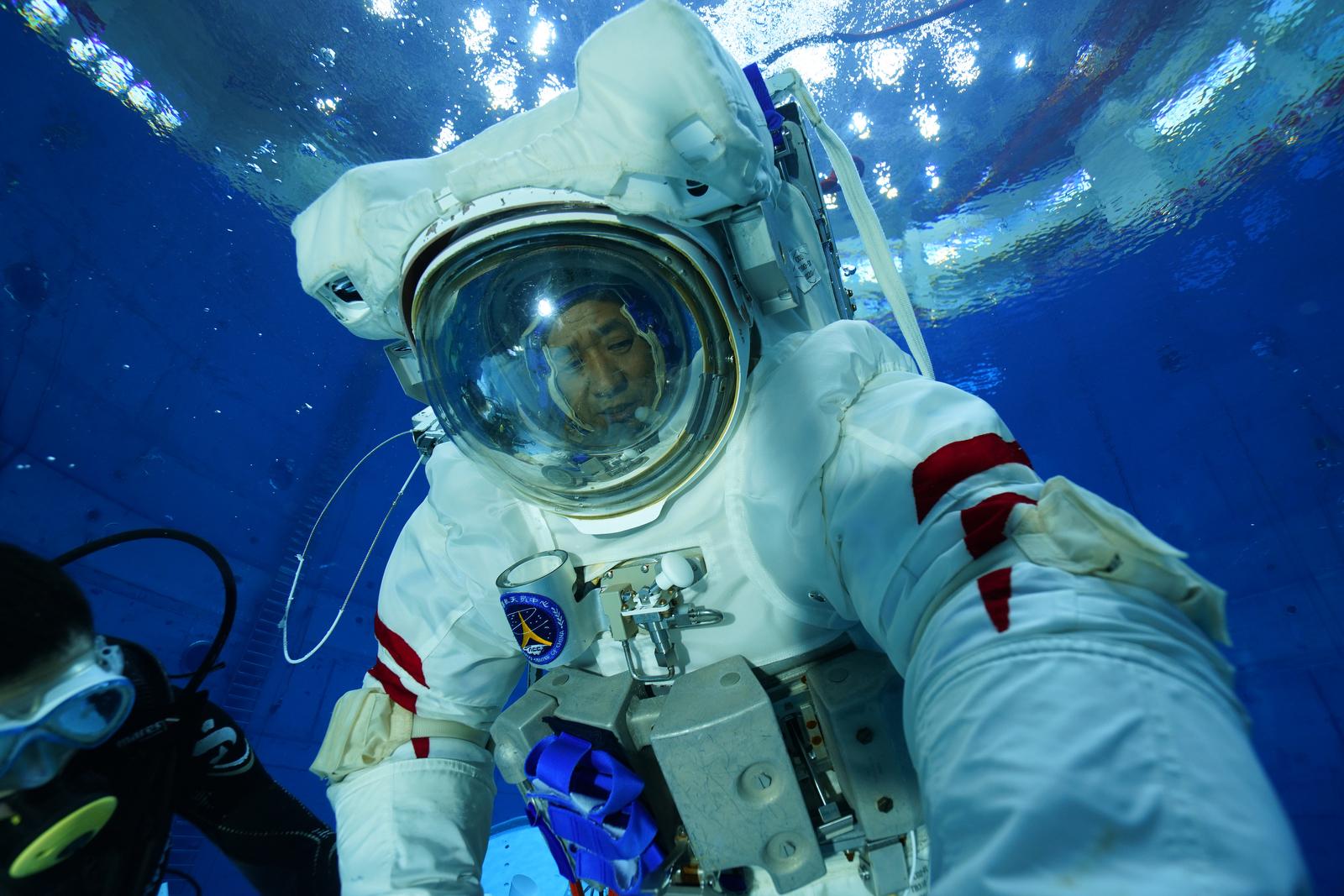 Chinese astronaut Nie Haisheng is seen during underwater training on Jan. 2, 2021. Xinhua