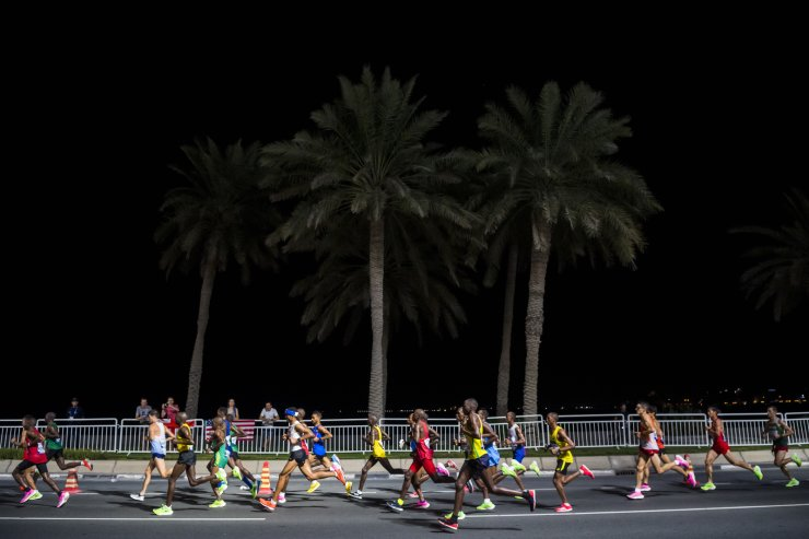 Athletes compete during the men's marathon race at the IAAF World Athletics Championships, in Doha, Qatar, 06 October 2019. EPA