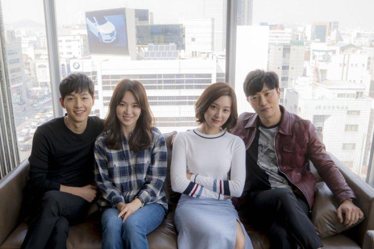 Main actors of 'Descendants of the Sun' / Yonhap