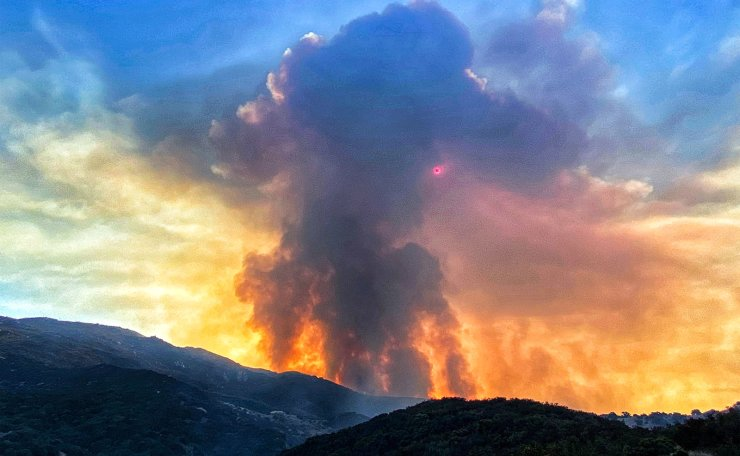 A handout photo made available by the Santa Barbara County Fire Department shows the Cave Fire burning North of Santa Barbara, California, USA, 26 November 2019. EPA