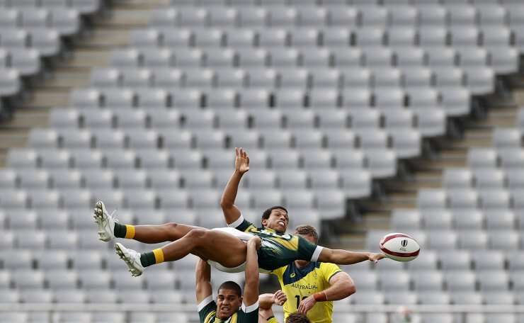Tokyo 2020 Olympics - Rugby Sevens - Men - Classification Round 5-8 - South Africa v Australia - Tokyo Stadium - Tokyo, Japan - July 28, 2021. Kurt-Lee Arendse of South Africa in action. REUTERS