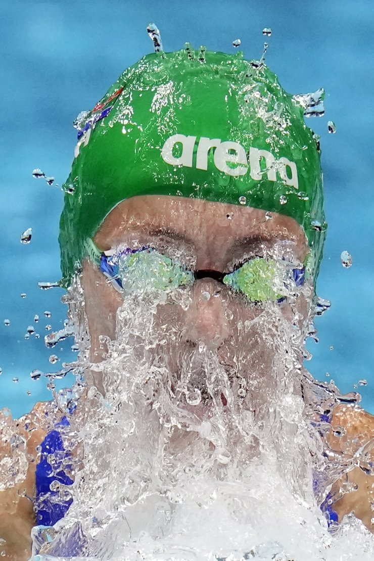 Tatjana Schoenmaker, of South Africa, swims to win the gold medal in the women's 200-meter breaststroke final at the 2020 Summer Olympics, Friday, July 30, 2021, in Tokyo, Japan. AP