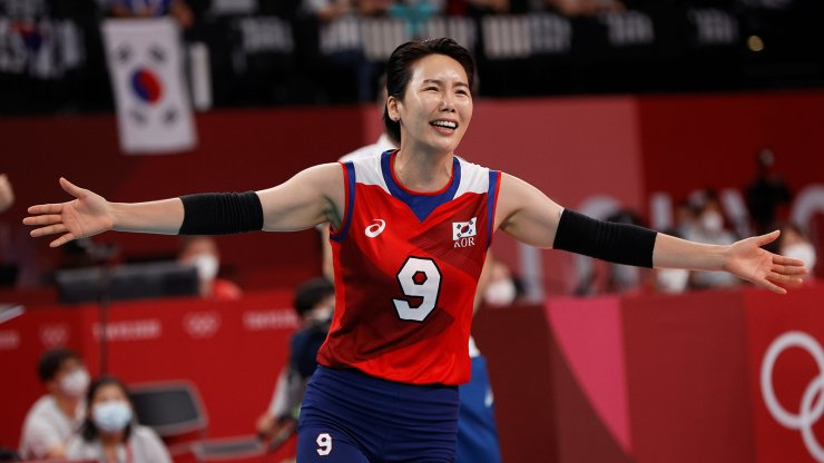 Tokyo 2020 Olympics - Volleyball - Women's Pool A - Japan v South Korea - Ariake Arena, Tokyo, Japan - July 31, 2021. Oh Jiyoung of South Korea reacts during the match. REUTERS