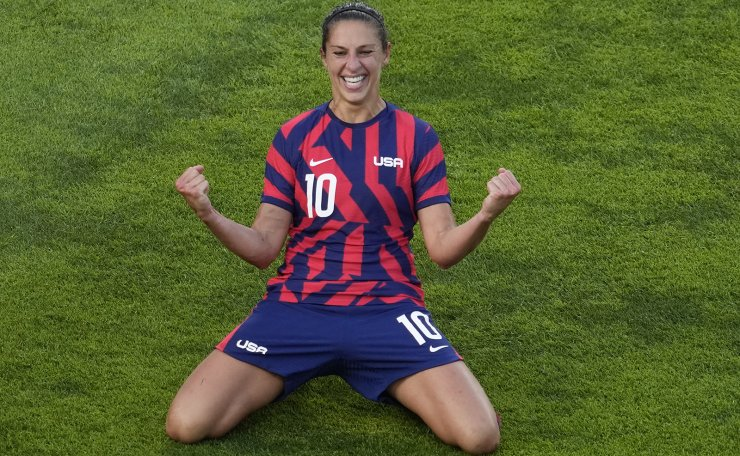 United States' Carli Lloyd celebrates scoring her side's 4th goal against Australia in the women's bronze medal soccer match at the 2020 Summer Olympics, Thursday, Aug. 5, 2021, in Kashima, Japon. AP
