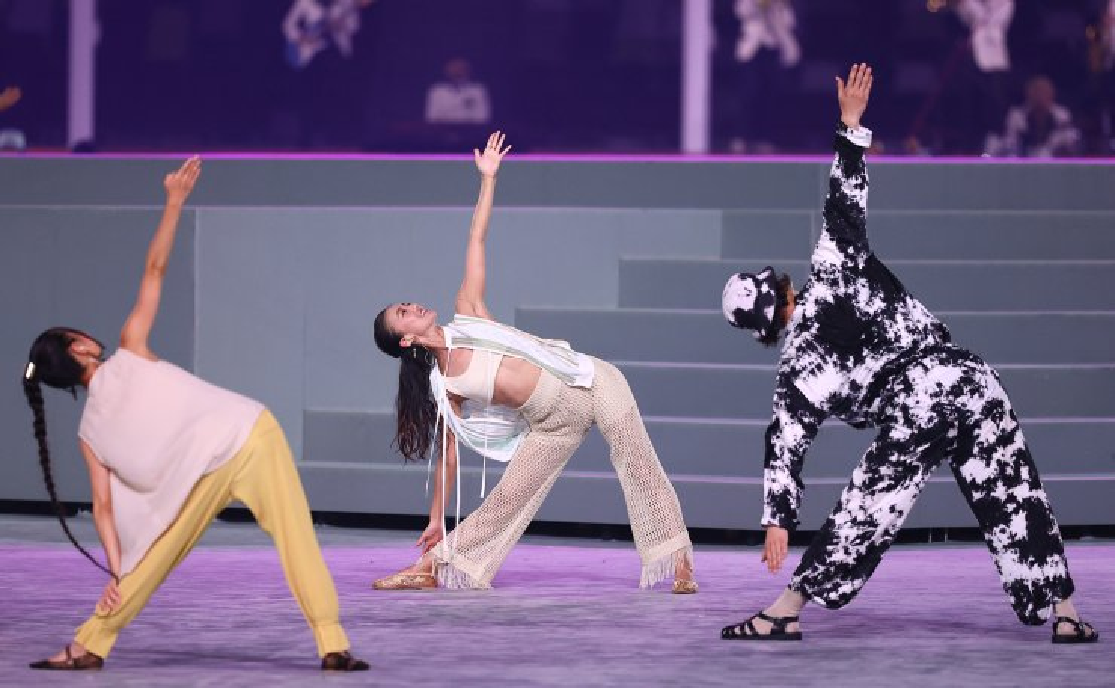 Tokyo 2020 Olympics - The Tokyo 2020 Olympics Closing Ceremony - Olympic Stadium, Tokyo, Japan - August 8, 2021. Performers inside the stadium during the closing ceremony. REUTERS