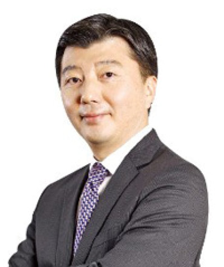 Chris Khang