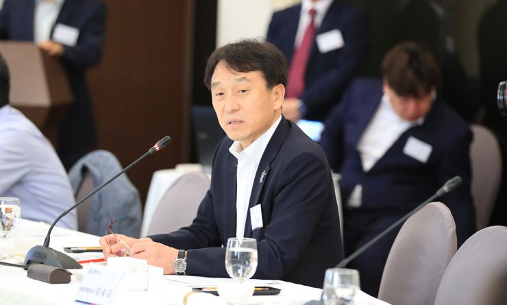 Korea Tourism Organization President Jung Chang-soo speaks during a meeting at the Press Center in Seoul, Tuesday. / Courtesy of Courtesy of Korea Tourism Organization