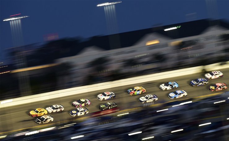 Joey Logano, driver of the #22 Shell Pennzoil Ford, leads a pack of cars during the NASCAR Cup Series 62nd Annual Daytona 500 at Daytona International Speedway on February 17, 2020 in Daytona Beach, Florida. AFP