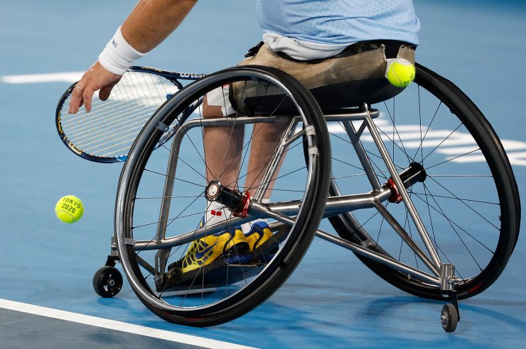Tokyo 2020 Paralympic Games - Wheelchair Tennis - Men's Singles First Round - Ariake Tennis Park, Tokyo, Japan - August 27, 2021. Stefan Olsson of Sweden serves during his match against Daniel Rodrigues of Brazil. REUTERS