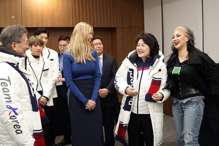 Ivanka Trump, third from right, a senior White House adviser, smiles during a conversation with Korean rapper and singer CL, right, and first lady Kim Jung-sook, second from right, at the PyeongChang Olympic Stadium after the closing ceremony. President Moon Jae-in, left, and EXO members were there too.  /  Yonhap