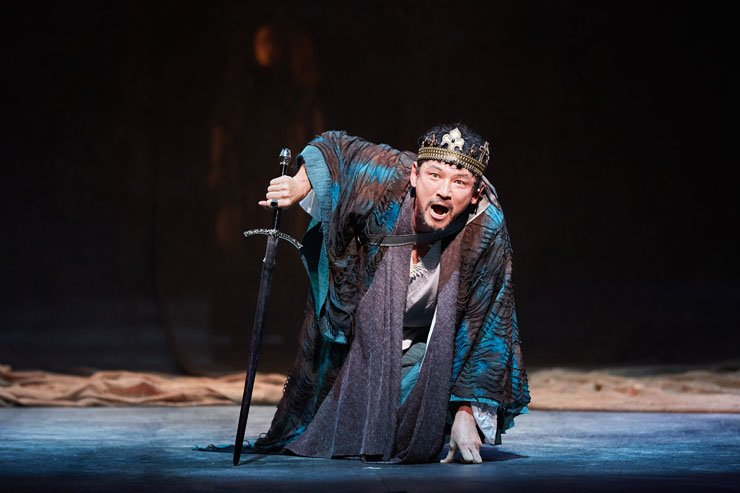 Actor Hwang Jung-min performs in the play 'Richard III.'  /  Courtesy of Sem Company