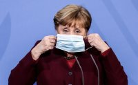 Germany considers compulsory quarantines for people returning from abroad