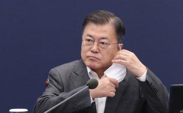 Moon recalls 1980 Gwangju uprising, hopes for breakthrough in Myanmar