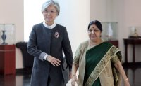 South Korean FM, Indian counterpart vow to work closely to completely denuclearize Korean peninsula
